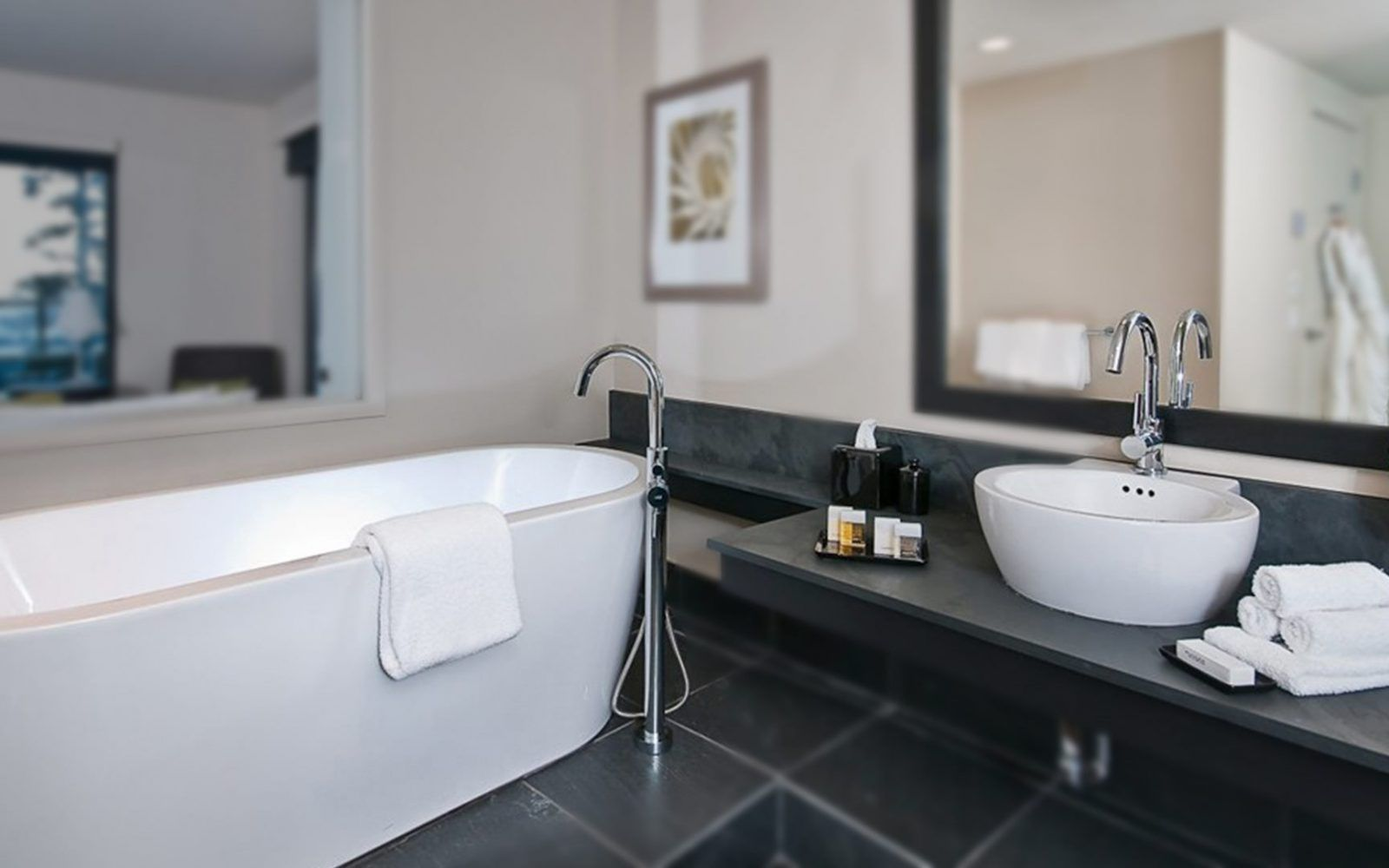 RM Living Cincinnati Custom Modern Bathroom Design By Blu Bathworks Blu9